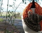 Two Tone Chunky Moebius Cowl in Pumpkin and Barley Ready For Fall