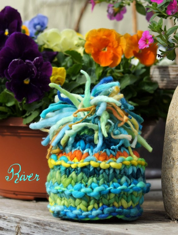 NEWBORN Photography Prop - Baby Knit Hat - Twin Prop - Knitwitwoolies