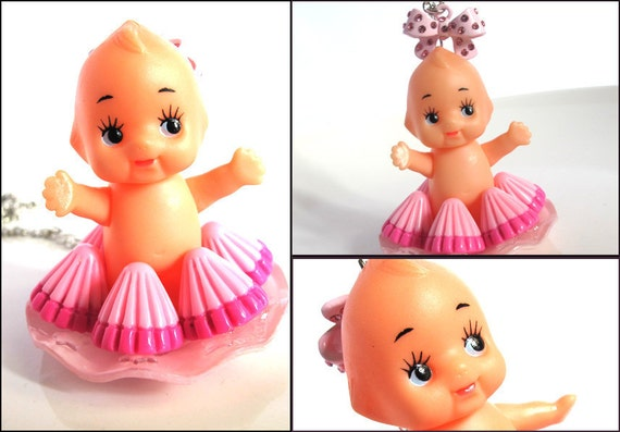 Japan Vintage Kewpie Baby Doll Apollo Strawberry Chocolate Sweets Dessert Plate Long Necklace