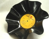 NEIL YOUNG - Harvest - Recycled Record Chip Bowl