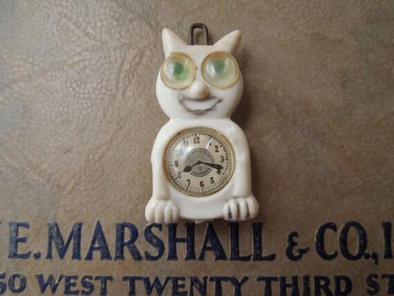 Vintage Googly Eyes Cat Barrette