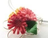 Three Daisies Li'l Bouquet Necklace