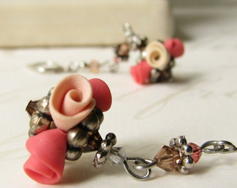 peachy-pink rose earrings