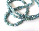 8inches Rare Blue DIAMOND Faceted Chip Beads - 2.5 to 3mm   (ref.12143)