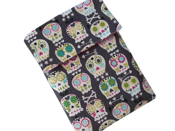 Padded Kindle 4 Case, Kindle Cover, Kindle Sleeve - Bonehead Skulls