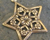 Star Charms Antique Gold Jewelry Findings 251