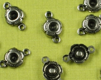 12 Antique Silver Brass 2 Hole Flower Connector Fits Chanton 499