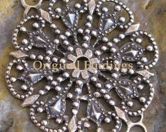 Round Antiqued Brass Filigree Connector 2 Rings Jewelry Findings 1021