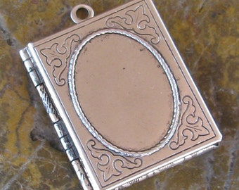 1 Antique Silver Book Locket Oval Setting 18x13 insert setting 1181