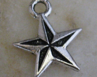 Star Charms Jewelry Findings Antique Silver 1376 - 6 Pieces