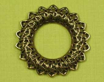 6 Antique Gold Vintage Style Filigree Jewerly Findings 505