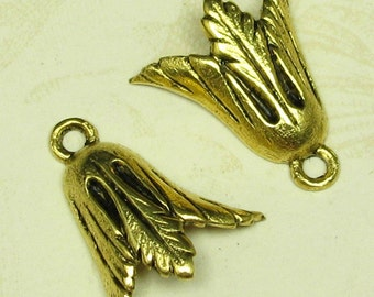 12 Antique Gold Leaf Charms Drops Jewelry Findings 669