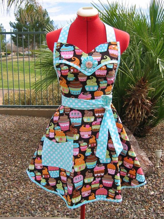Sweet Treats ---  Sassy Sweetheart  Bib Apron
