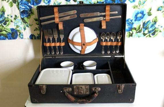 Vintage Military Mess Kit Trunk