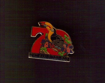 Vintage San Diego Zoo Toucan Souvenir Pin
