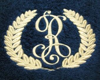 3 Piece Monogrammed Towel Set Quarter Wreath
