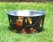 Large Round Galvanized Party Tub Halloween Riddle  - It's Halloween Tonight