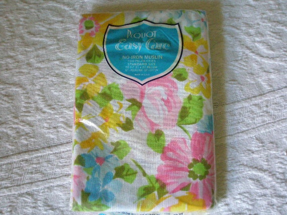 Vintage PEQUOT Spring Floral Pillow Cases NEW in Original Package or Vintage Fabric Use