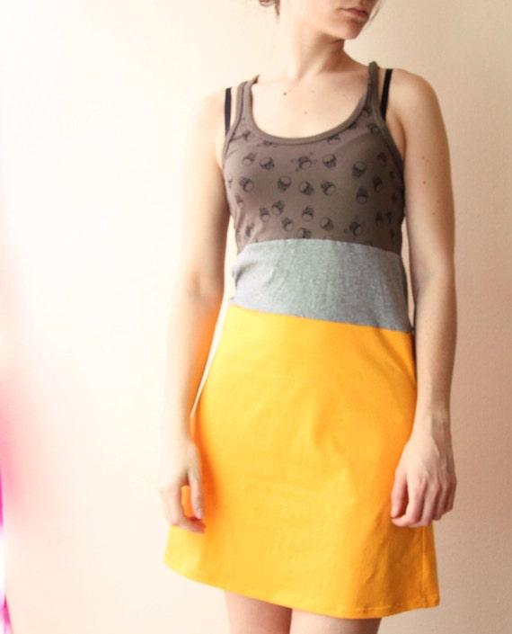 tshirt dress color block skull print yellow and gray print small