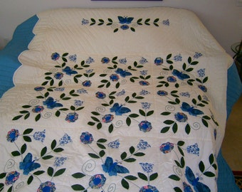 Amish Made, Queen size, The Butterfly Applique Quilt