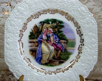 Vintage George and Martha Washington Collectible Plate for Hanging.