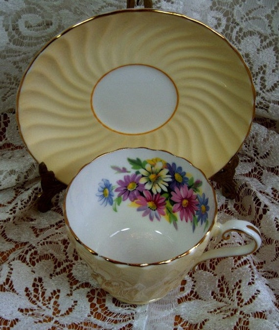 Cup and Saucer, Bone China Aynsley of England Yellow with Daisies - Vintage