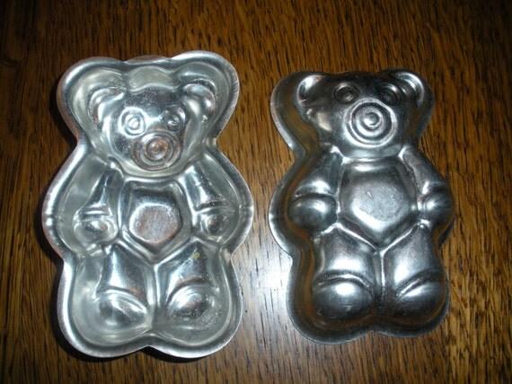 Set of 2 Mini Bear Tin Baking Molds