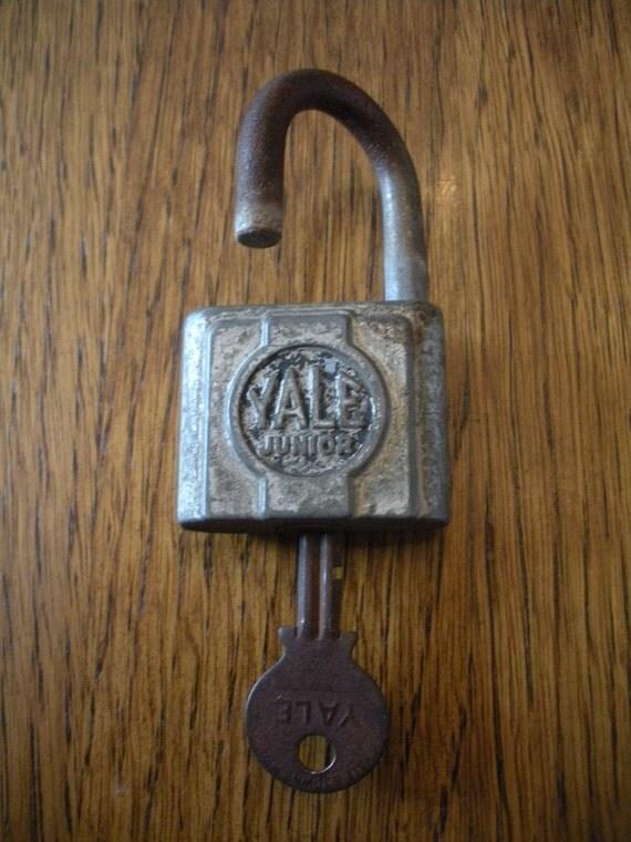 Vintage Yale Junior Padlock with key