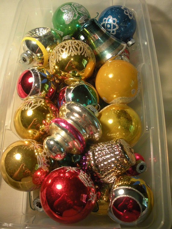 Lot of 30 Shiny Christmas Balls Some Old Some New Ornaments