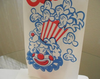 Vintage looking Circus Carnival Popcorn Bags With Clown Red white blue party bags 25