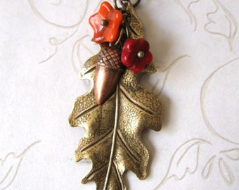 Oak leaf necklace, leaf pendant, brass charm, nature inspired, Fall jewelry, womens gift