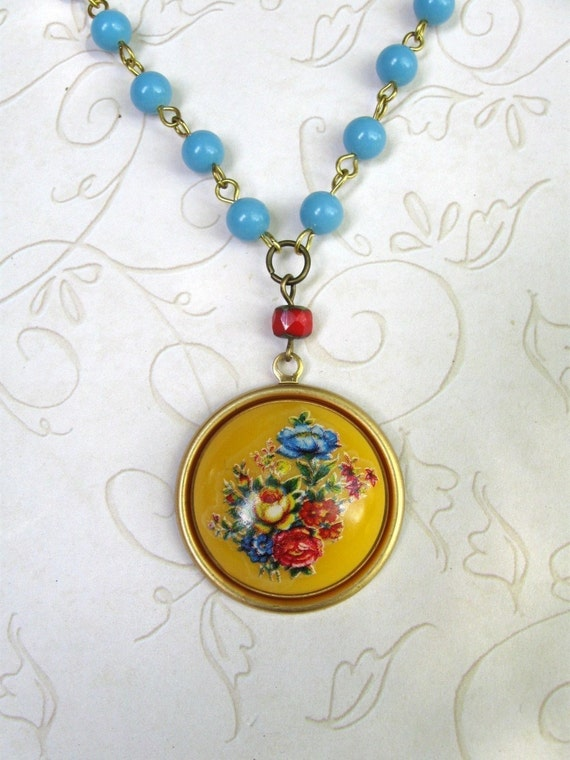Yellow flower necklace, vintage cabachon, turquoise beaded chain