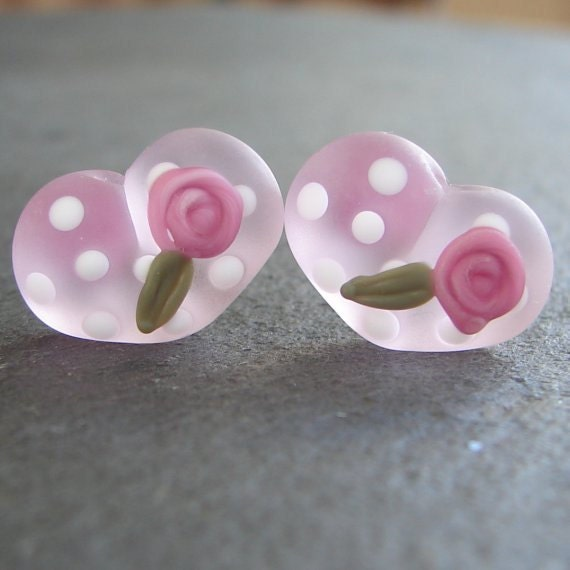 Lampwork beads 771 Hearts Pair (2) Pale Pink with Pink Roses