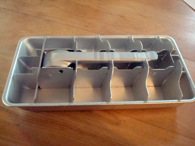 sale vintage aluminum metal ice cube tray with lever. Black Bedroom Furniture Sets. Home Design Ideas