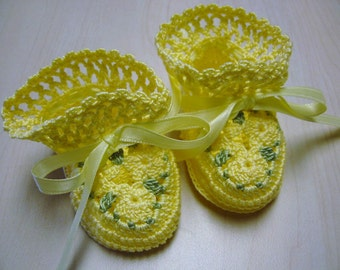 Crochet Booties Baby Girl Yellow Flowers 0-3 Months Newborn Reborn