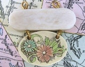 Retro Flowers and Shell Charm