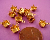 24 - Brass Square Prong Settings w Closed Backs 1 Ring 6x6