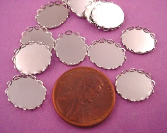 14 Silver tone Oval Lace Edge Bezel Cups 12x10