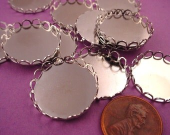 8 Silver tone Round Lace Edge Bezel Cups 20mm