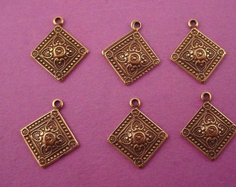 6   antique antique brass ox dapped Victorian art nouveau diamond shape charms 16mm