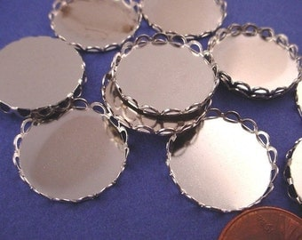 12 Silver Tone Round Lace Edge Bezel Cups 18mm