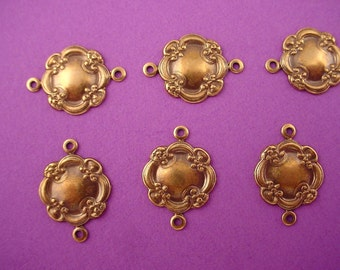 8 brass ox rococo art  nouveau  edged dapped connectors 15mm