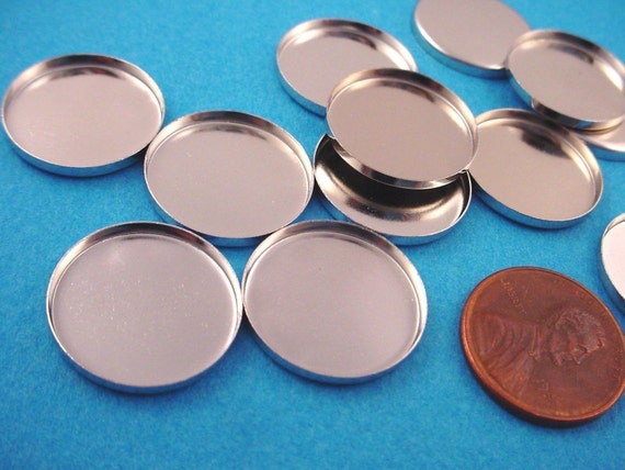 Silver tone Round Bezel Cups 18mm high wall