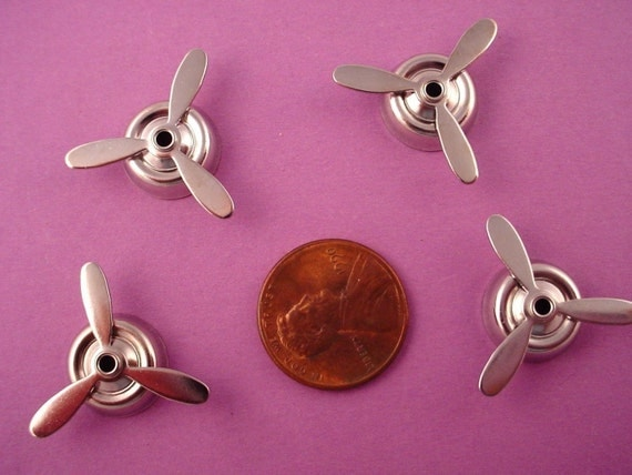 4 silver tone mounted propellers 22mm airplane  aviation retro spins