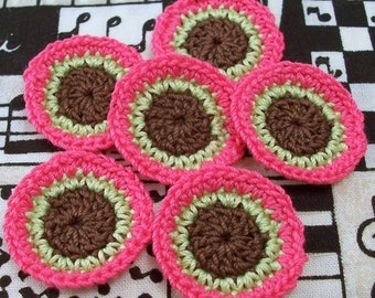 Crochet Circles in Pink Green and Brown
