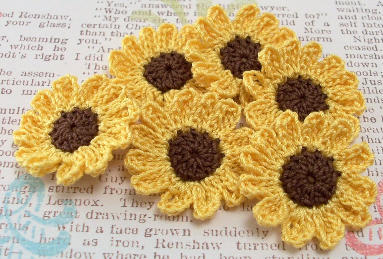 crochet sunflower appliques. Black Bedroom Furniture Sets. Home Design Ideas