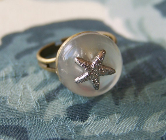 Frosted Starfish Antiqued Adjustable Ring