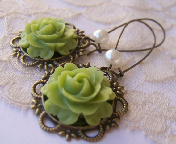 Antiqued Lime Earrings, victorian Vintage Style
