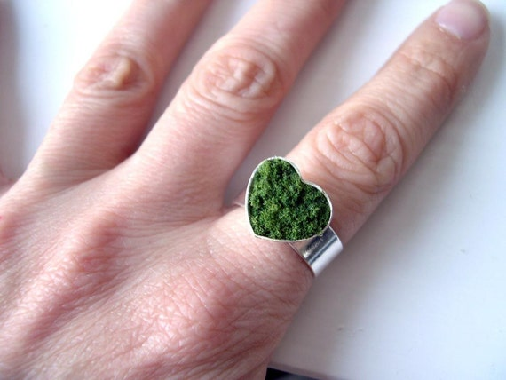 Heart of Moss Ring Kawaii woodland