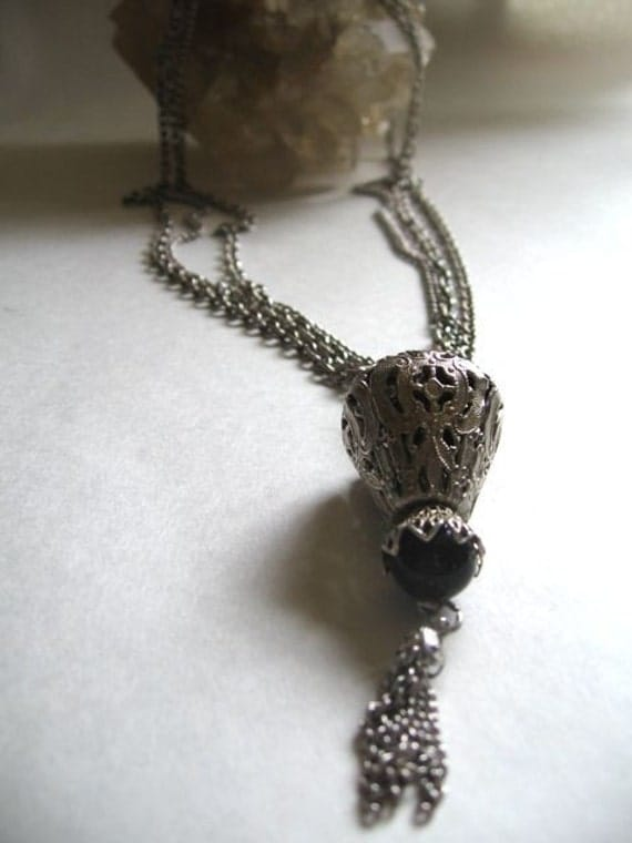 vintage chain and tassel silver necklace